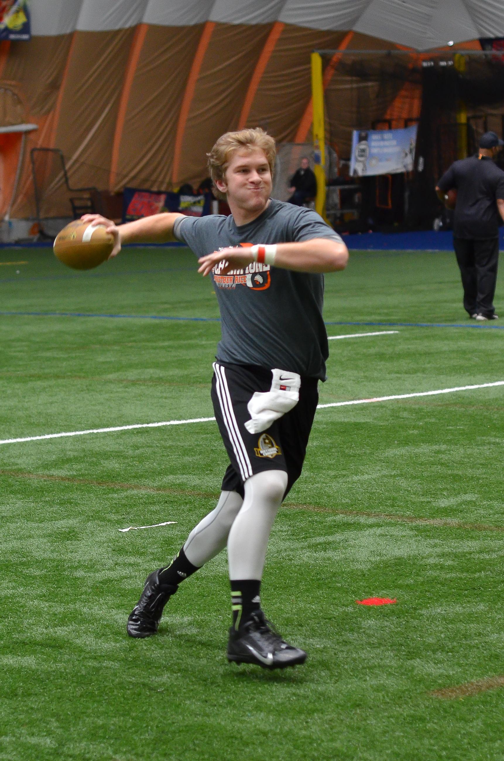 Michigan Eli... Quarterback Individual Drills